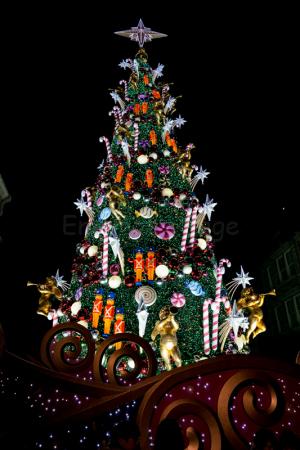 2017年USJクリスマスツリーをα6000で♪